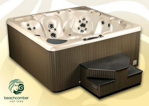 Beachcomber's 740 Series Hot Tubs