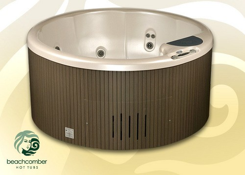 Beachcomber's 321 Series Hot Tubs