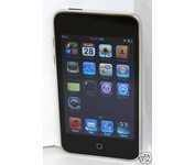 Apple iPod Touch 3rd Generation Black (8 GB) Digital Media Player